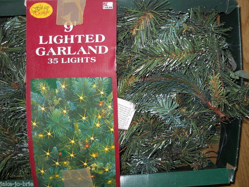 Primary image for Christmas Lighted Garland 9 Feet 35 lights End plugs Decorating Mantel Tree NEW