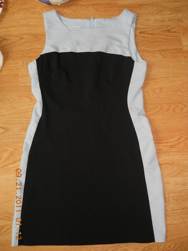 Primary image for IZ Byer California Ladies Dress Size 9 Black Light Blue Sides Top Cute Soft EUC