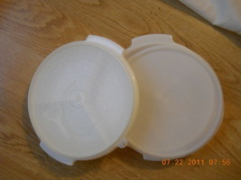 Set of 2 Small divided Vegetable Holder Taker TUPPERWARE container Stem Lid EUC - $16.99