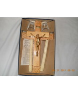 Vintage Last Rites Sick Call Crucifix Blond Wood Cross Candles Glass Gold Jesus - $88.17