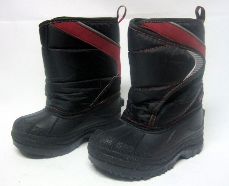 The Childrens Place Boys Winter Boots size 9 Black