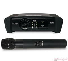 Line 6 XD-V35 Handheld Digital Wireless Vocal Microphone System - $299.99