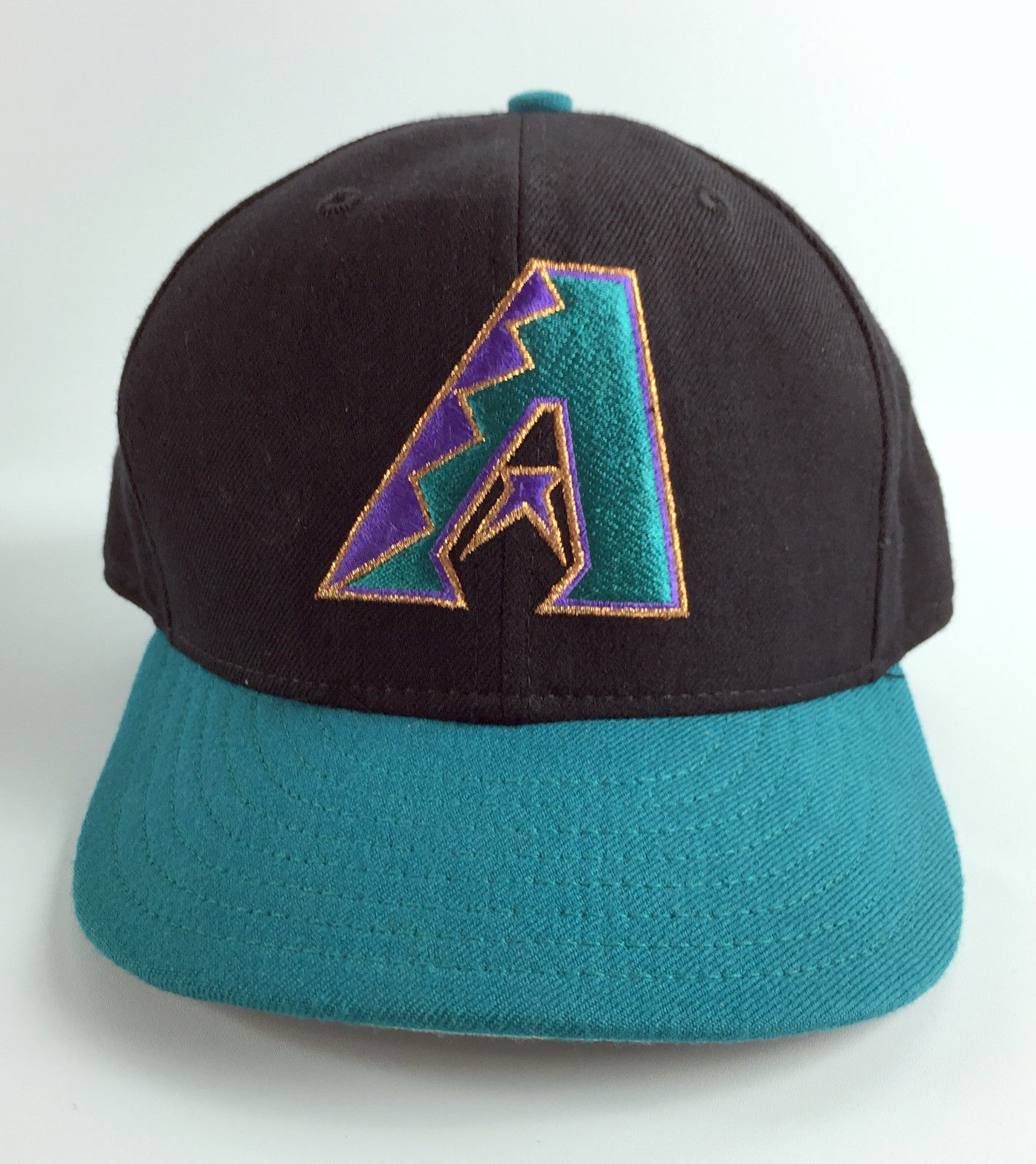 official photos f5e96 8d0d3 57. 57. Previous. Vintage Fitted Baseball Hat Arizona Diamondbacks New Era  5950 Model Teal - 7 3 8