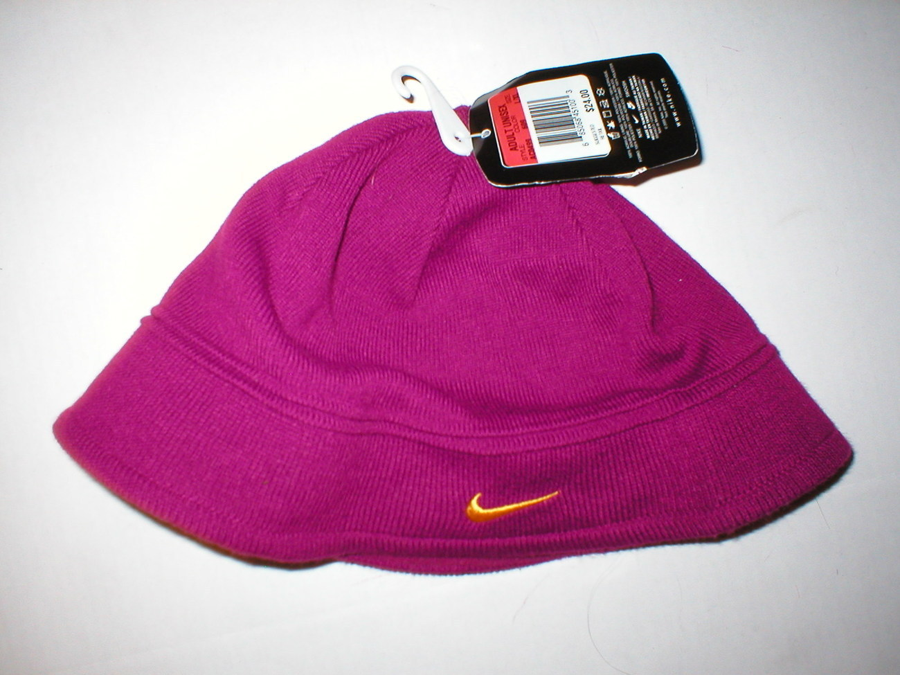 NWT Nike Knit Hat Fleece Womens Purple $24 Nike