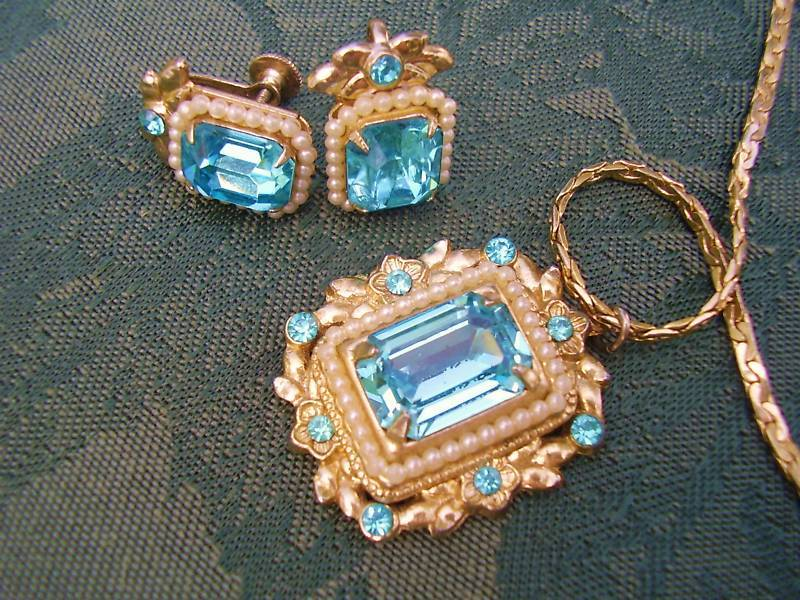 Art Deco Pendant w/ Earrings Vtg Matched Jewelry Set Ca1919 Coro Sign
