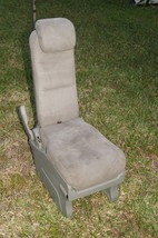 05-10 Honda Odyssey Plus One Center Middle Jump Seat FABRIC / CLOTH - Olive image 1
