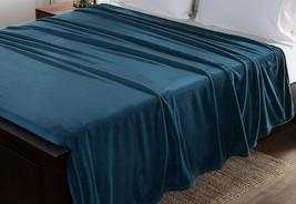 Berkshire Classic Velvety Plush Blanket Twin Size Atlantic Blue New Supe... - $42.74