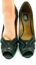 Clarks Artisan Black  Leather  Sandals Women's 9.5M  409 - $17.98