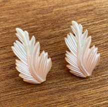 Pink Leaf Mother of Pearl Pearlescent Seashell Earings Clip On Earings V... - $10.64
