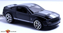 RARE KEY CHAIN 2007~2014 BLACK & WHITE FORD MUSTANG GT500 SHELBY LIMITED... - $44.98