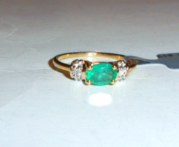 10K Yellow Gold Green Emerald Oval & White Zircon Ring, Size 10, 0.80(TC... - $175.00