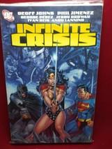 Dc Marvel Infinite Crisis 2006 Comic Book With Batman Superman Wonder Woman - $9.90