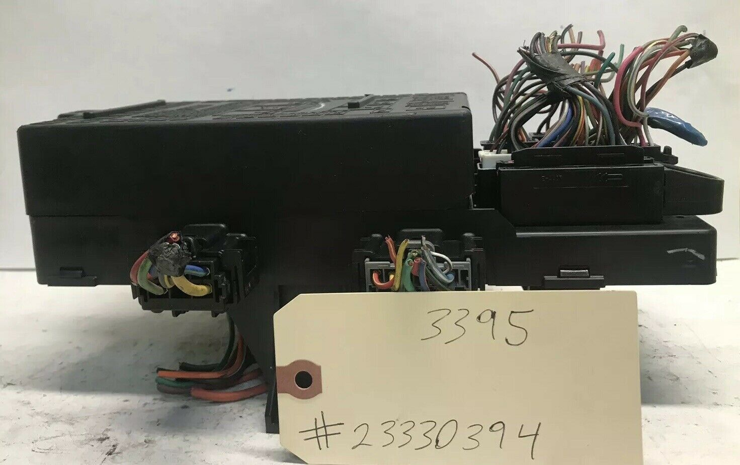 2004 Ford Expedition    Navigator Fuse Box Power Module Relay