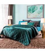 Emerald Green Comforter with Velvet Texture Queen Size Soft and Warm - $130.68