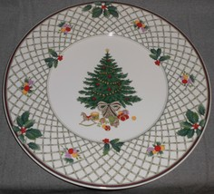 Mikasa Heritage CHRISTMAS STORY PATTERN  Large Rim Platter - $29.69