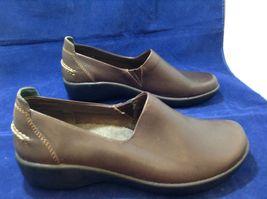 L.L. Bean Ladies Brown Casual Slip-on Shoes sz 9M image 3