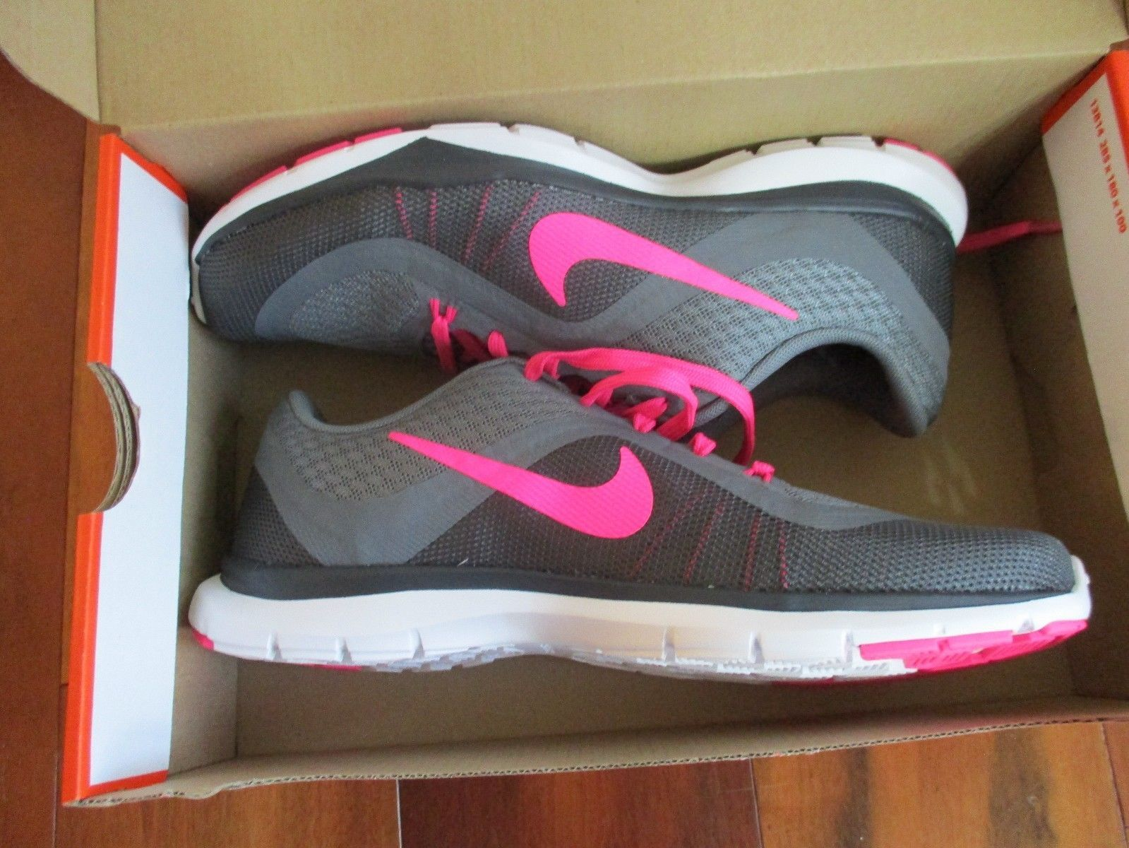 BNIB Nike Flex Trainer 6 Athletic shoes Women lace up