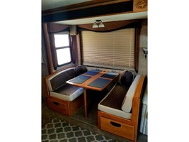 2005 Fleetwood PACE ARROW 37C For Sale in Carlsbad, California 92010 image 3