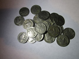 Mixed Dates Buffalo Nickels Type 2 (5 coin lot) - $5.00