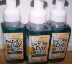 Lot of 3 Bath & Body Works Daisies & Day Dreams Gentle Foaming Hand Soap 8.75 oz - $23.99
