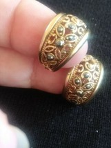 Vintage Gold Tone Filigree Wide Hoops With Hematite Earrings - $3.00