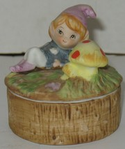 Vintage Homco Fairy Garden Toadstools Ceramic Lidded Trinket Box - $18.81