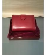 Yik Fung Ladies Wallet W/Box - $7.91