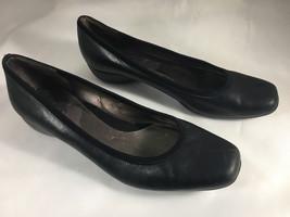 CIRCA JOAN & DAVID 6 M Black Leather Super Cute Ballet Flat Non-Slip Bottom - $18.37