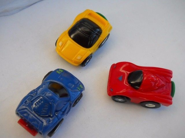 3 Pc. Mini Racers Set Race Cars Powerful Pullback Action nTy17