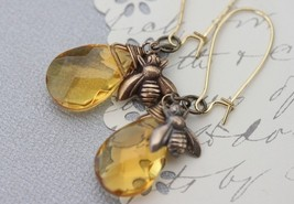 Honey Bee Jewelry - Honey Bee Earrings - Bee Charm - Honey Glass - Woodland Jewe - $26.00