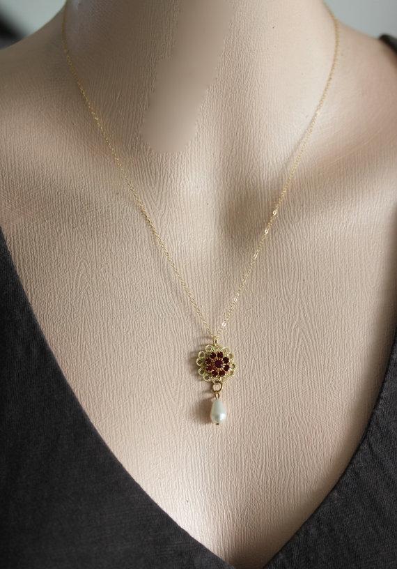 LITTLE VALENTINE , Tiny Flower Necklace , Valentine Necklace, Vintage Jewelry, T
