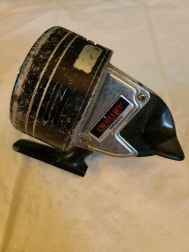 Daiwa 9650A Vintage Spincast Fishing Reel for parts