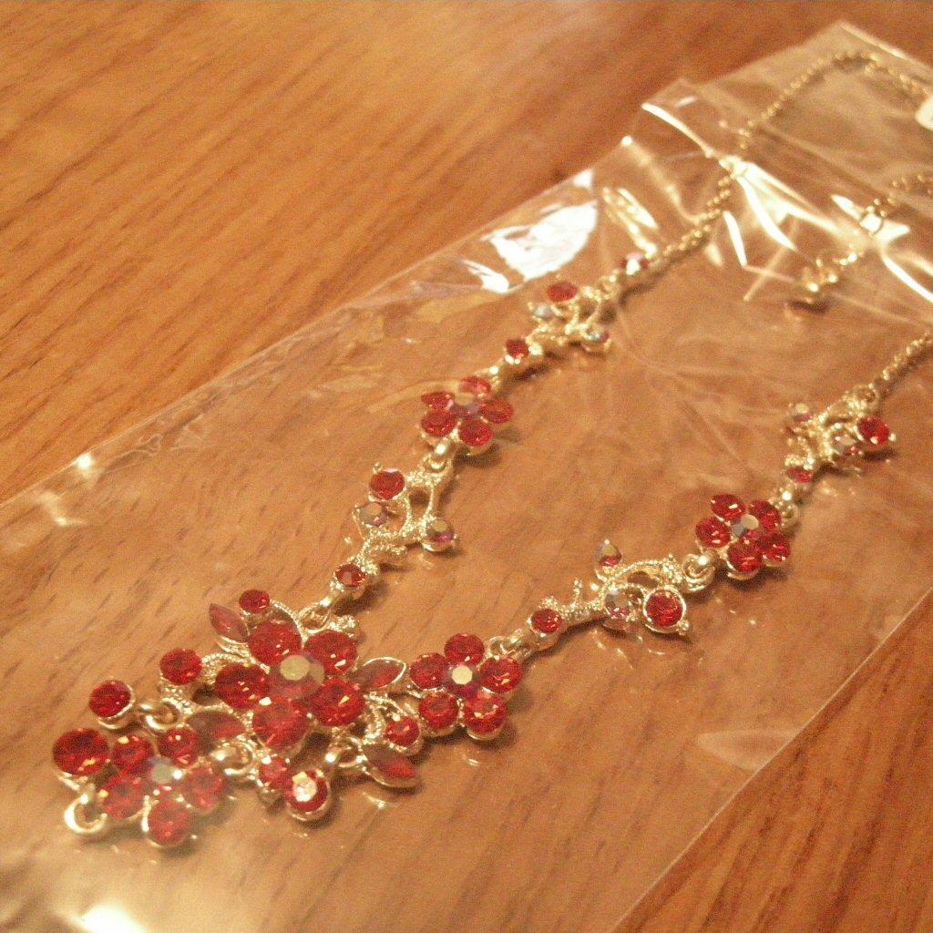 Red Swarovski Chrystal Necklace Earrings Bonanza