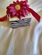 Zebra Print Note Paper Cube Studio 18 Pink Sunflower Pen Mother's Day Gift  - $12.99