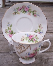 Royal Albert Moss Rose Tea Cup & Saucer Set Mint - $29.95