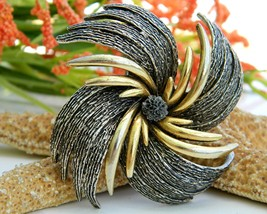 Vintage Pinwheel Starburst Flower Brooch Pin Signed Art Silver Gold - $24.95