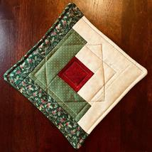Christmas Pot Holder Quilted Handmade Holiday Log Cabin Block Heat Resistant image 7