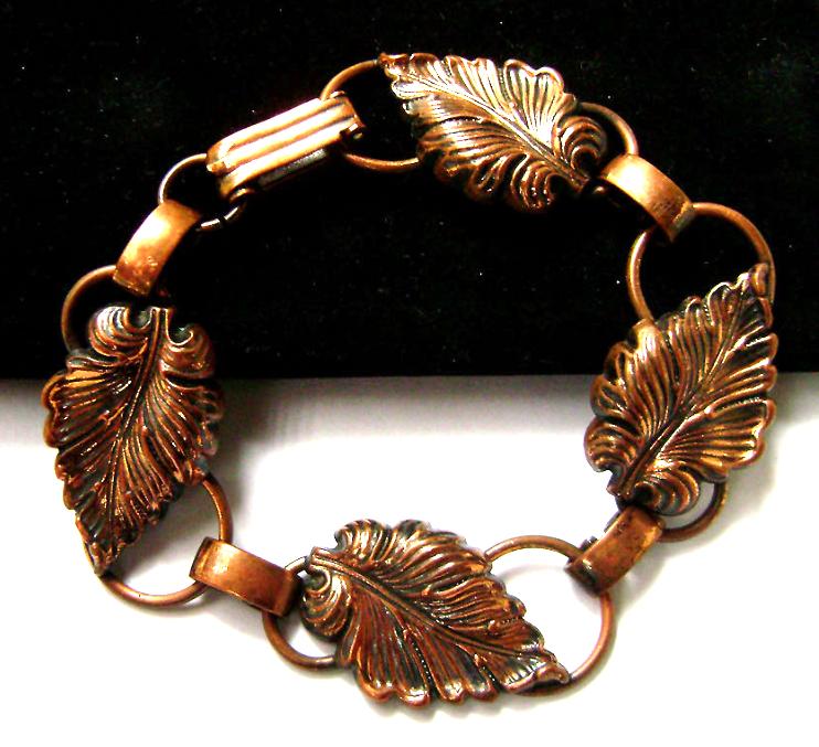 Vintage Arts and Crafts Style Copper Bracelet Hand Wrought Leaf link
