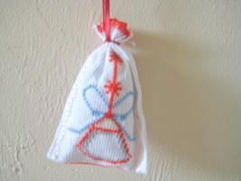 "Satchel Lavender Sack 3""x3"" needlepoint Set of 4 Unique Gift Idea or Deco image 2"