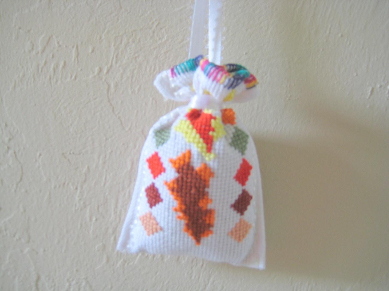 "Satchel Lavender Sack 3""x3"" needlepoint Set of 4 Unique Gift Idea or Deco image 3"