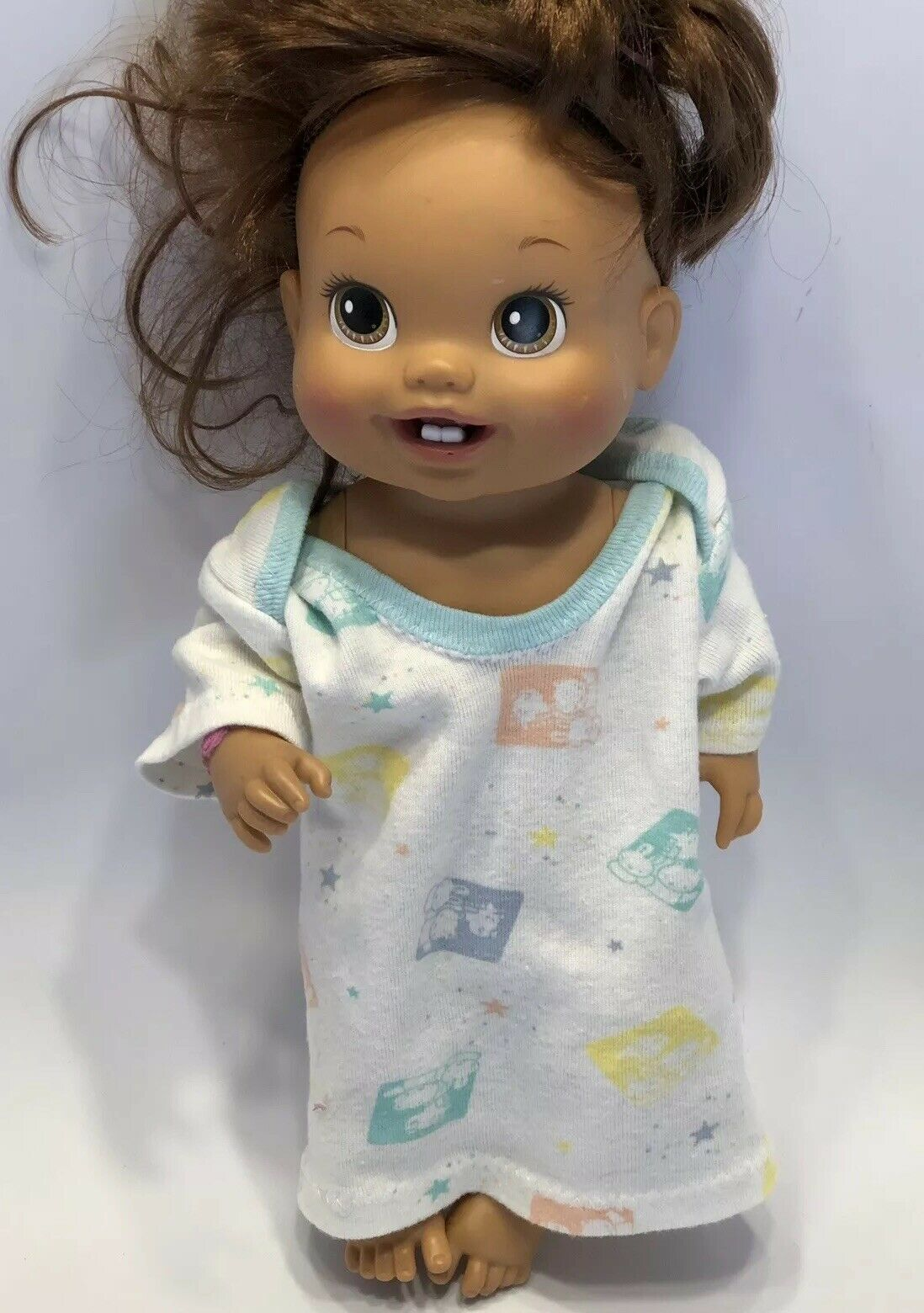 Baby Alive 2010 Drink & Wet Doll with 2 Teeth and Nightgown Doll Toy