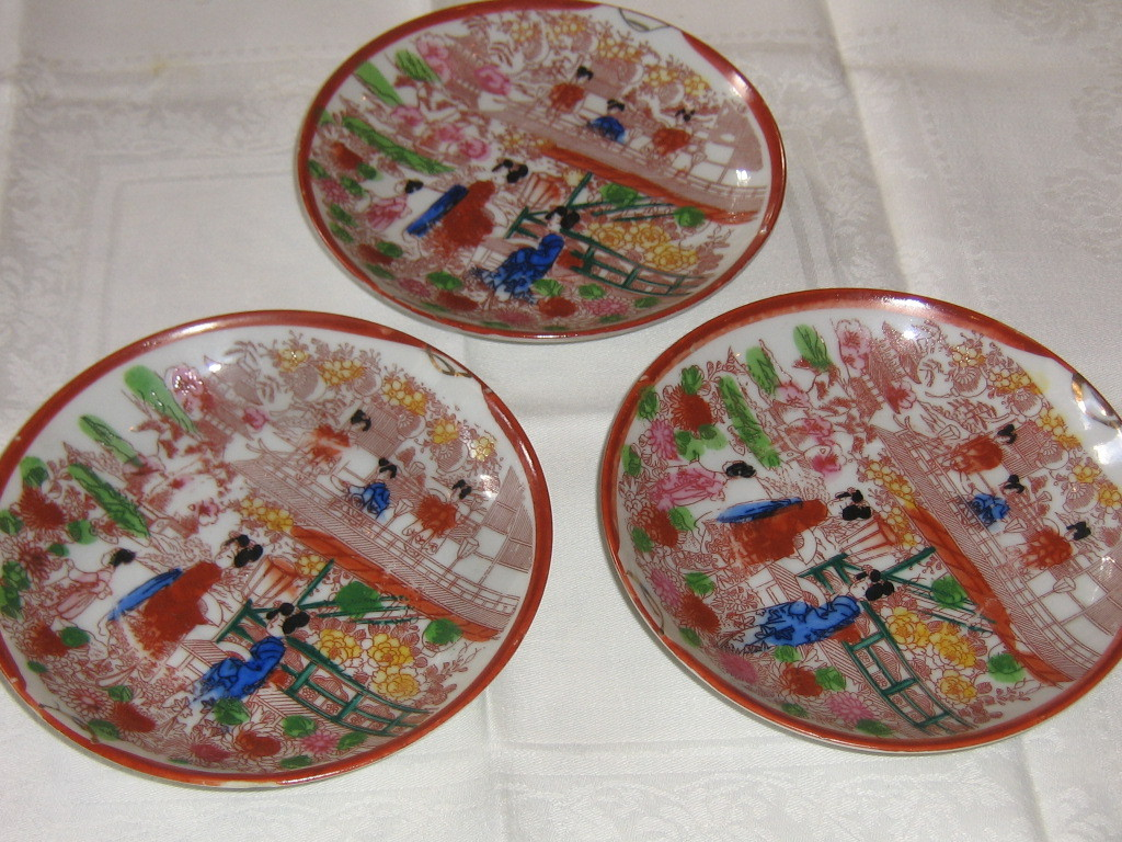 Japanese Vintage Takito Porcelain - 3 cups and saucers