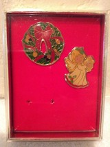 2 New Enamel Christmas Pins Wreath & Angel with Harp - vintage 1960s - $16.97