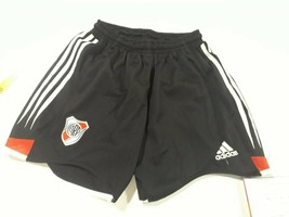 old short River plate .Argentina  size  S aprox. original Adidas - $22.77