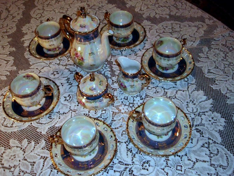 Primary image for Lusterware Tea Set Seyei Fine China SEY34 Japan 17 Piece Rare Ornate Iridescent