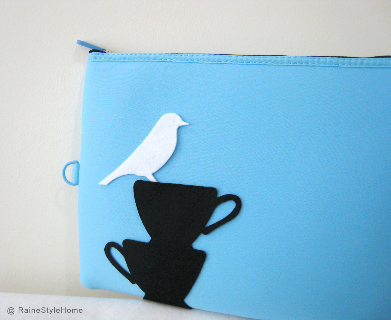 Primary image for White Bird Resting On Teacups Sky Blue Padded Pouch. Ipad Pouch Laptop Case