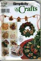 Simplicity Crafts Pattern 9788 Christmas Tree Skirt, Wreath and Oranments - $9.00