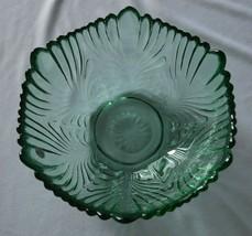 """Fenton Glass Pattern Beauty Sea Mist Green Bowl #9627 9"""" 1988-1989 - $24.75"""