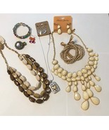 Jewelry lot for fall vintage fashion jewelry no broken pieces statement ... - $25.00