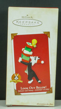 Hallmark Ornament LOOK OUT BELOW! SYLVESTER & TWEETY gifts Looney Tunes ... - $12.95